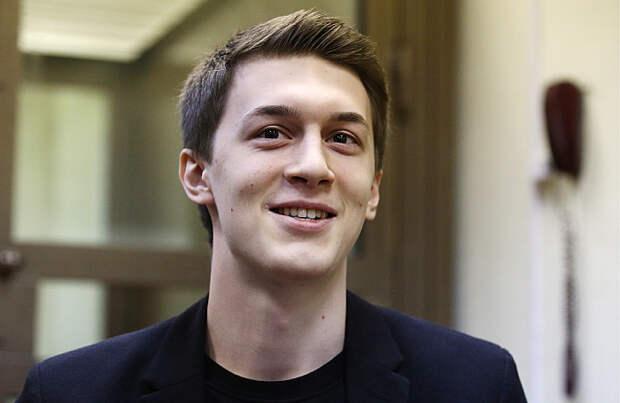 Студент ВШЭ Егор Жуков в суде не признал вину в публичных призывах к экстремизму