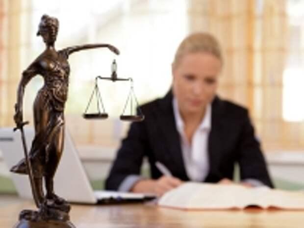 ПРАВО.RU: Менее 30% участников правовых споров в Великобритании прибегают к помощи юристов