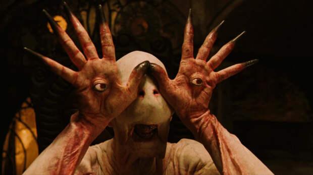 11. Бледный человек — «Лабиринт Фавна» (2006) кино, монстры, фильмы