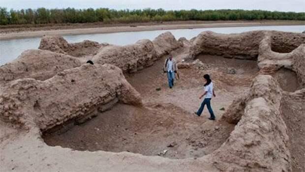 Древний город Сарайчик под угрозой исчезновения
