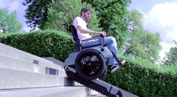 Невероятная инвалидная коляска-танк, которая умеет подниматься по лестницам