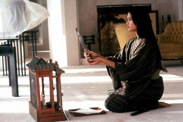 """Кадр из фильма """"Разброки в маленьком Токио"""" (1991)"""