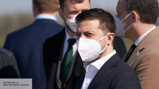 Полная капитуляция: Спивак заявил, что Зеленский подписал «акт о передаче Украины Западу»