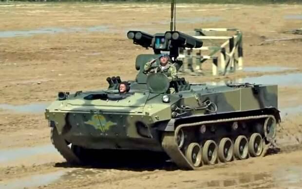 Динамический показ новинок военной техники ВДВ прошёл на подмосковном полигоне «Алабино»
