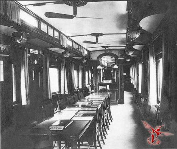 Императорские поезда - дворцы на колесах