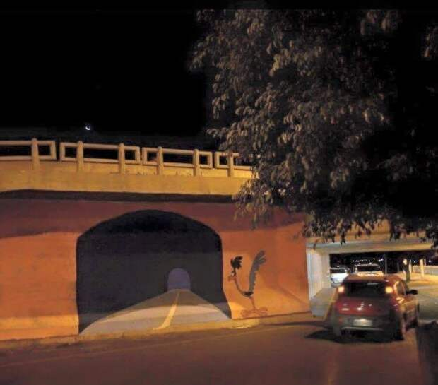 Коварная кукушка-подорожник завела в нарисованный тоннель авария, рисунок, тоннель