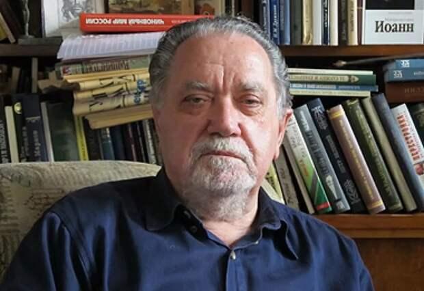 Игорь Фроянов