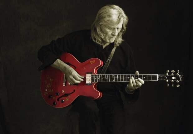На 73 году жизни скончался гитарист Генри Маккалох