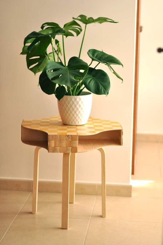Необычный столик из газетниц (Diy)
