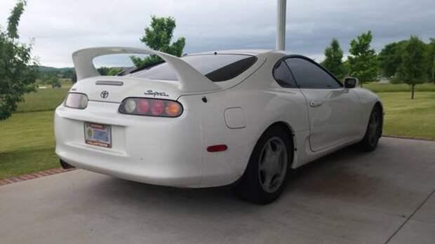 Старая Toyota Supra намотает миллион километров