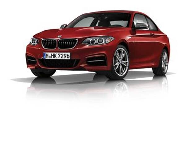 Компактные BMW заигрались в цифры