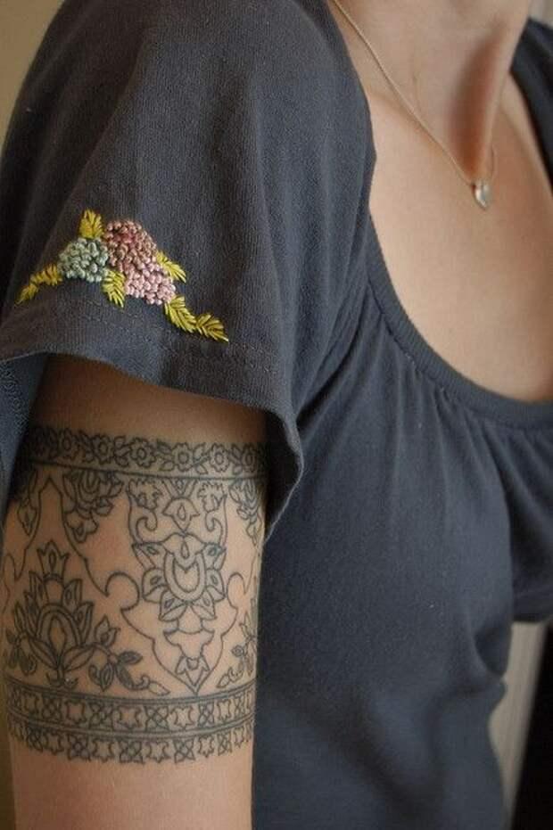 Мужская футболка - переделка в женскую