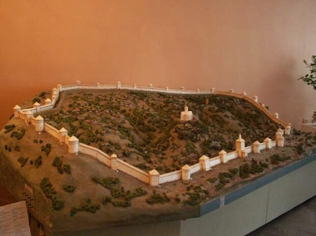 Смоленская крепостная стена, макет