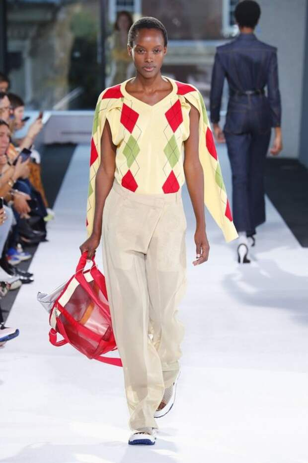 Какие трикотажные вещи в моде осенью в 2018-2019