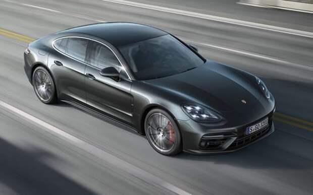 Porsche Panamera утерла нос Alfa Romeo Giulia в «Зеленом аду»