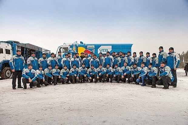 Ралли-рейды: грузовики КАМАЗ-мастер выехали на Дакар-2016