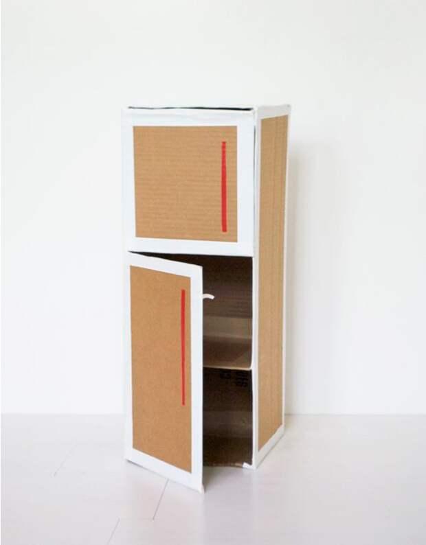 Холодильник из картона