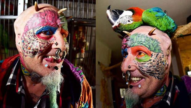 Любитель животных отрезал себе уши, чтобы стать похожим на попугая