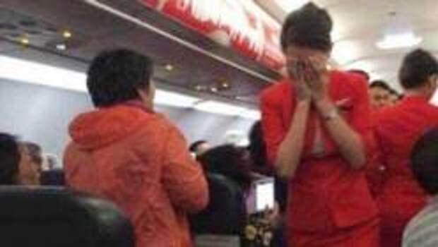 ТОП Самых мерзких привычек авиапассажиров