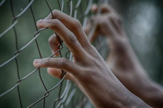 Подростков из Сарапула отправили в колонию за вымогательство