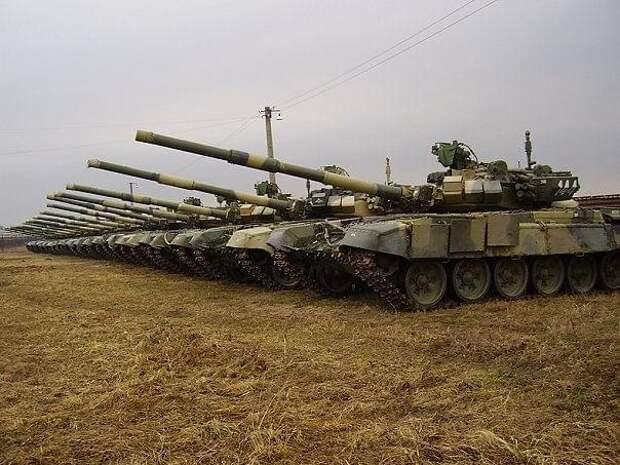 «Al-Masdar News»: Россия срочно перебрасывает в Сирию 20 ударных танков