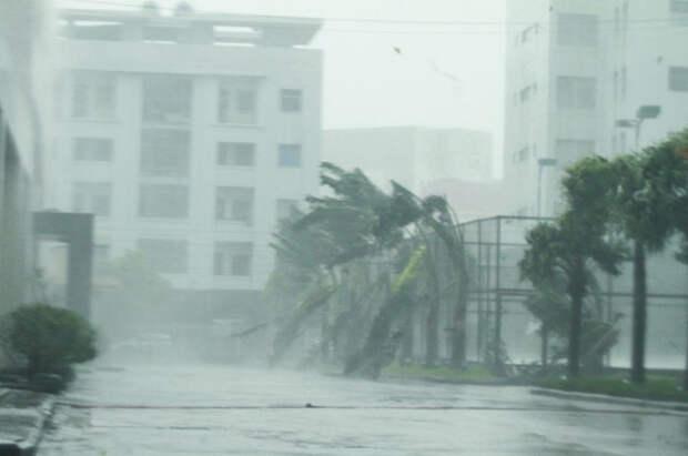 Тайфун во Вьетнаме.