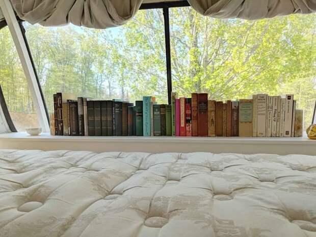 Маленькая библиотека в спальной зоне автобус, дизайн, дом, идея, проект, сделай сам, фото