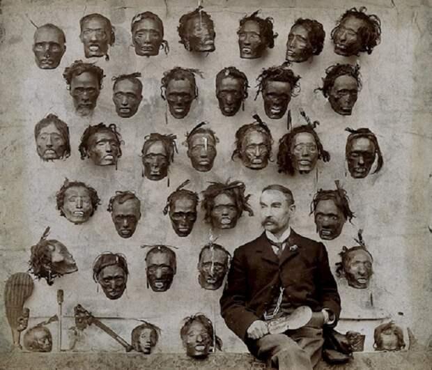 Английский генерал–майор Горацио Гордон Робли был одним из самых известных коллекционеров татуированных голов маори - представителей коренного народа Новой Зеландии.