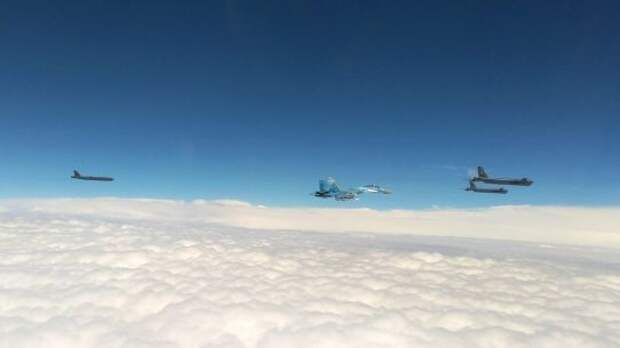 Стратегические бомбардировщики США снова пролетели над Украиной