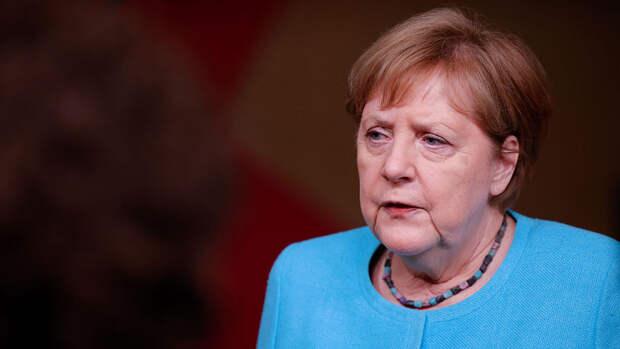 Около 10 стран ЕС не поддержали предложение Меркель о саммите с Путиным