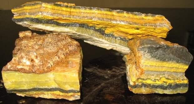 Опасный камень - шмелиная яшма