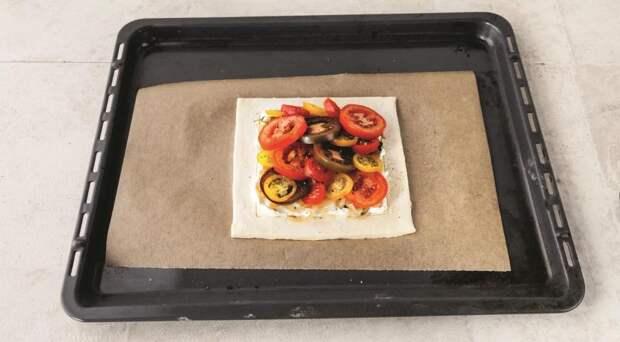 Томатный тарт с карамелизованным луком. Шаг 4