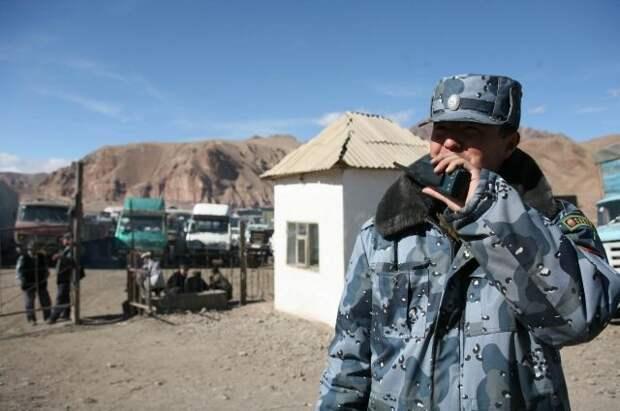 В Киргизии заявили о прекращении перестрелки на границе с Таджикистаном