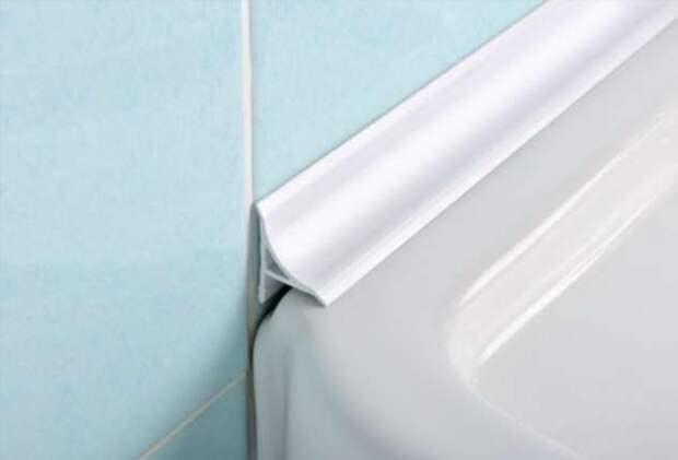 Чем замазать стык между стеной и ванной, чтобы вода не заливалась за бортик