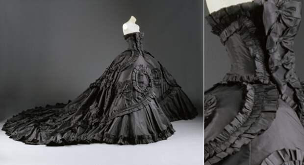 В 1998 году Джон Гальяно создал для дома моды