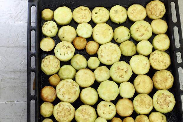 Рецепт пикантной и ароматной заготовки на зиму из баклажан «Огонек»