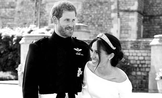"""Священник англиканской церкви о """"тайной свадьбе"""" принца Гарри и Меган Маркл: """"Герцогиня все не так поняла"""""""