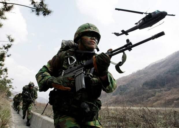 КНДР обстреляла Южную Корею из артиллерии