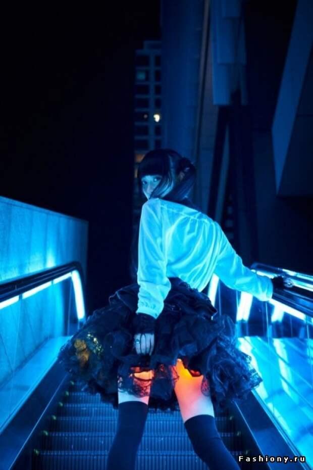Новый японский тренд - юбка с подсветкой