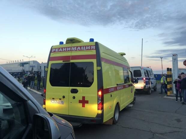 Навального вывезли из омской больницы