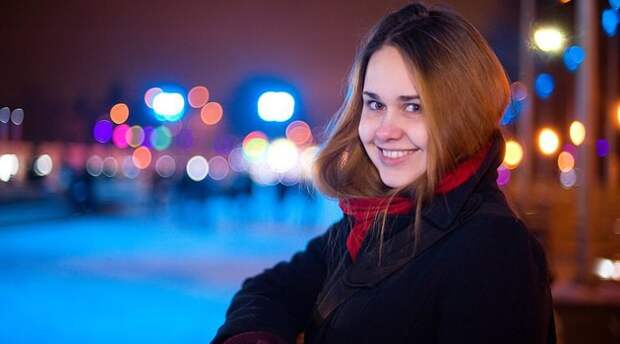 Располневшая москвичка требует от сайтов с купонами 18 миллионов на липосакцию девушка, купон, фигура