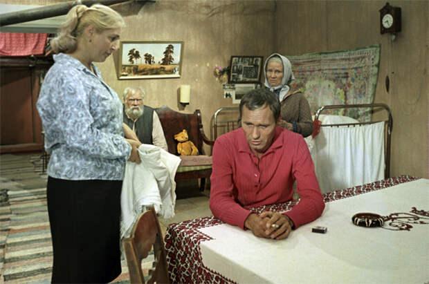 Любовь и смерть Василия Шукшина. Почему он ушел на пике славы?