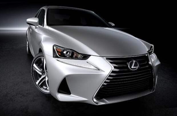 Обновленный Lexus IS выплеснул агрессию на китайцев