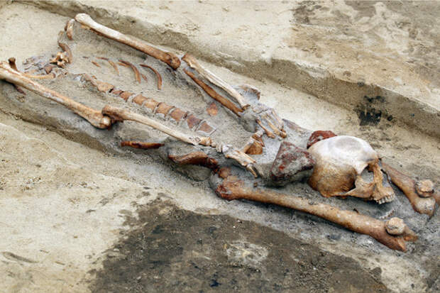 Кого хоронили в «могилах вампиров»