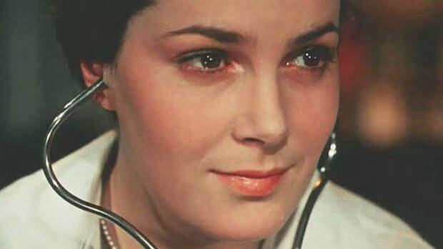 Сестра Элины Быстрицкой сообщила, что актриса жива, но очень нездорова