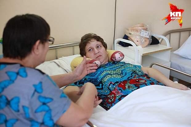 Красноярские врачи вернули ноги женщине, чудом выжившей в страшной аварии