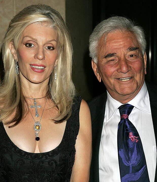 Питер Фальк со второй женой Широй Дейниз