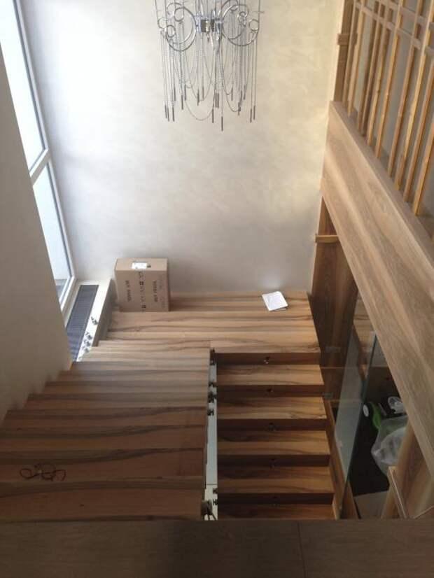 Лестница в загородном доме, красивые лестницы фото