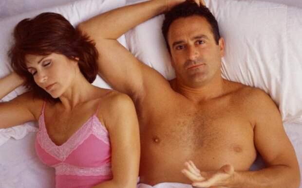 Физическая близость вызывает у мужчин головную боль
