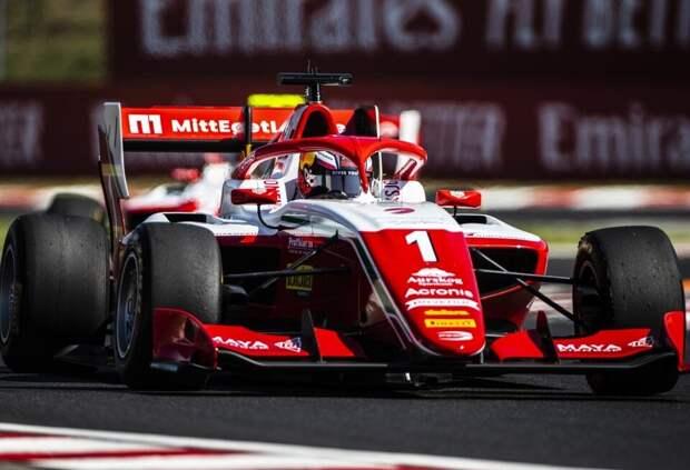 Деннис Хаугер выиграл третью гонку Ф3 в Венгрии, Александр Смоляр – шестой